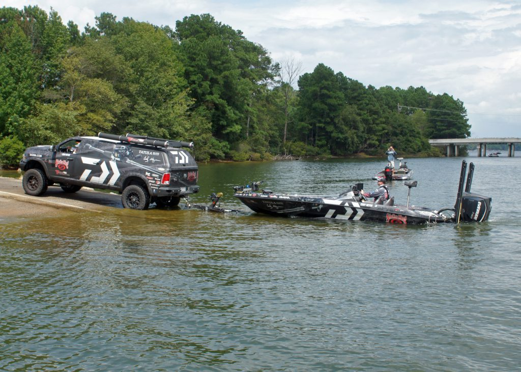 Evinrude Pro-Angler Cody Meyer. Social media event photography by LOOK Marketing.