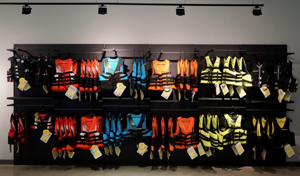 Color theory and display placement in Visual Merchandising.