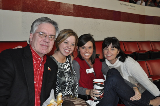 Rick Thompson, Darby Thompson, Lorree Thompson and Jenni Thompson