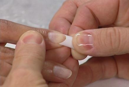 Acrylic nail growth home decoration live for Acrylic toenails salon