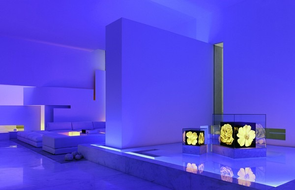 tecas 43 futuristic residence living room blue lighting Back to the Future futuristic residence in Mexico