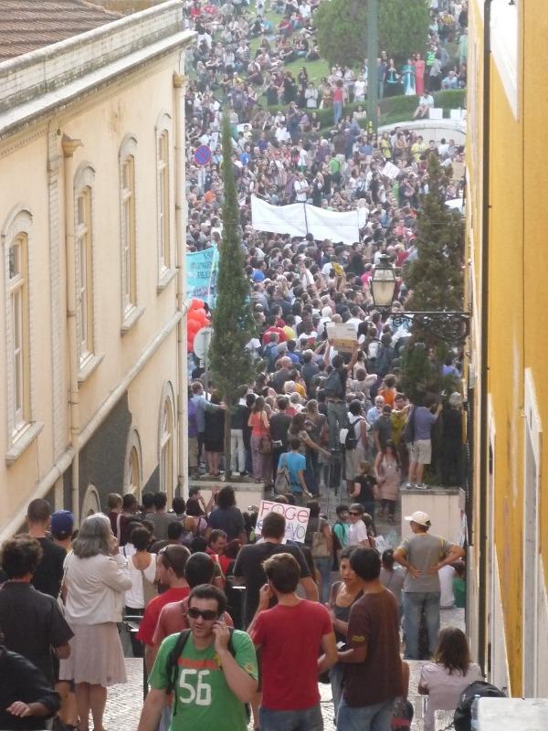 Marcha dos Indignados. Foto de Debora Baldelli para o Global Voices Online.