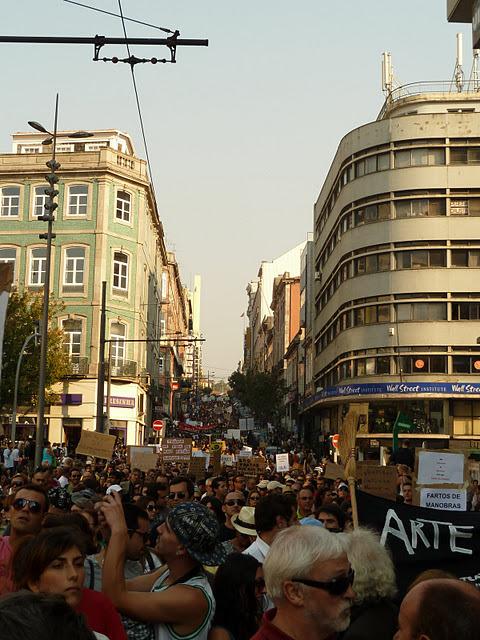 Marcha na Rua Passos Manuel. Foto de 15 de Outubro - Porto