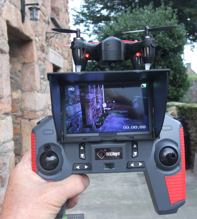 Quadcopter Remote Control and FPV Screen