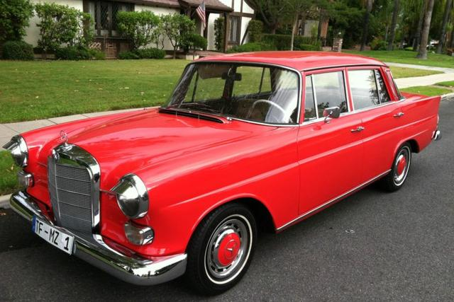 1967 Mercedes 230 Automatic