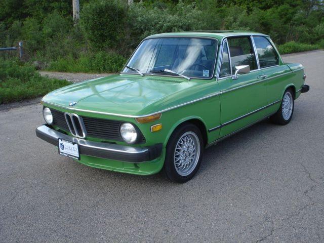 1975 BMW 2002 Mintgrun 4-Speed