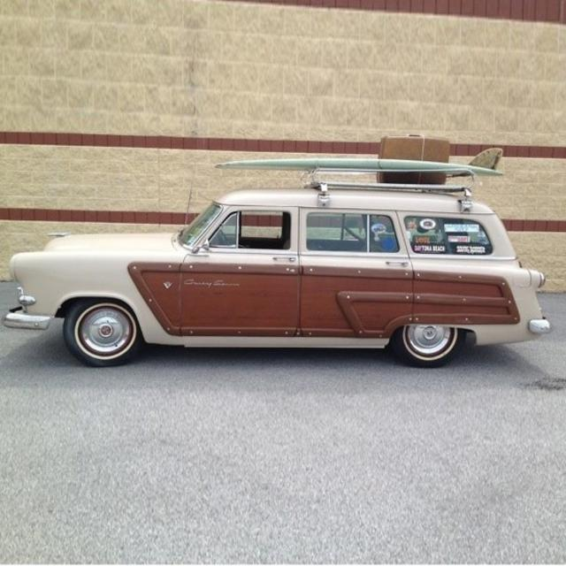 1953 Ford Crestline Country Squire