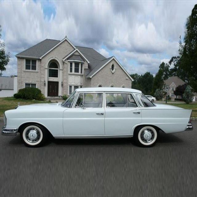 1965 Restored Mercedes Benz 220S