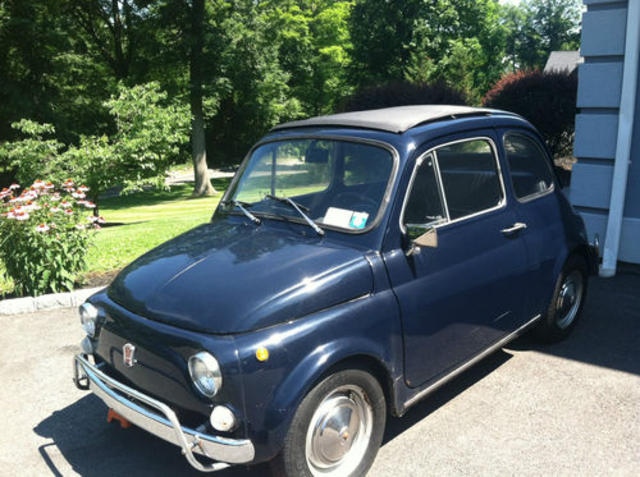 1970 Blue Fiat 500