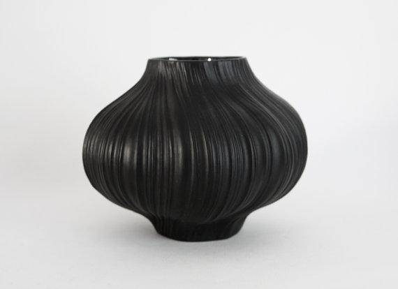 Black Porcelain Plisse Vase