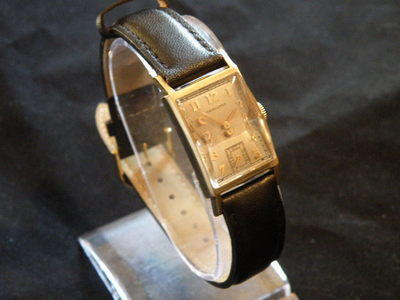 Vintage Solid 14K Gold Watch