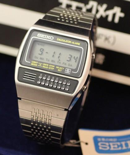 1979 C359 Digital LCD Calculator Watch