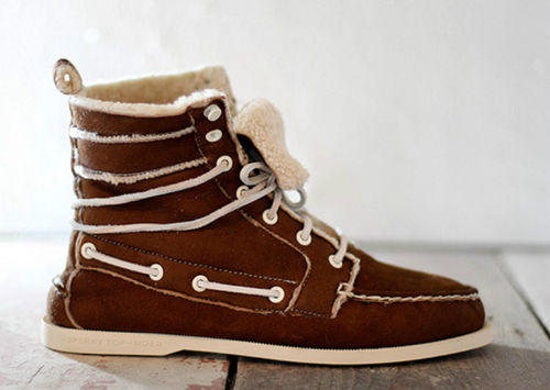 Fur-Lined Chukka Boots
