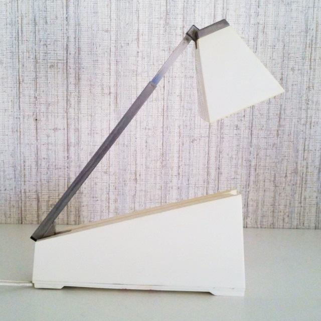 E4 Lampette