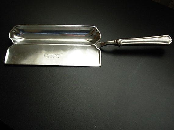 Dining Car Crumb Pan