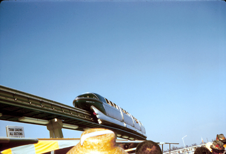 Monorail, Disneyland
