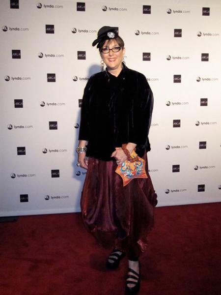 Lovlier than her logo behind her, Lynda Weinman