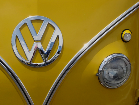 Volkswagen Bus, 1967, Canary Yellow