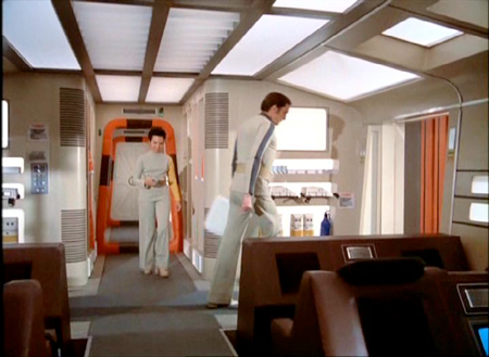 Space 1999, see how fine brown and orange look together