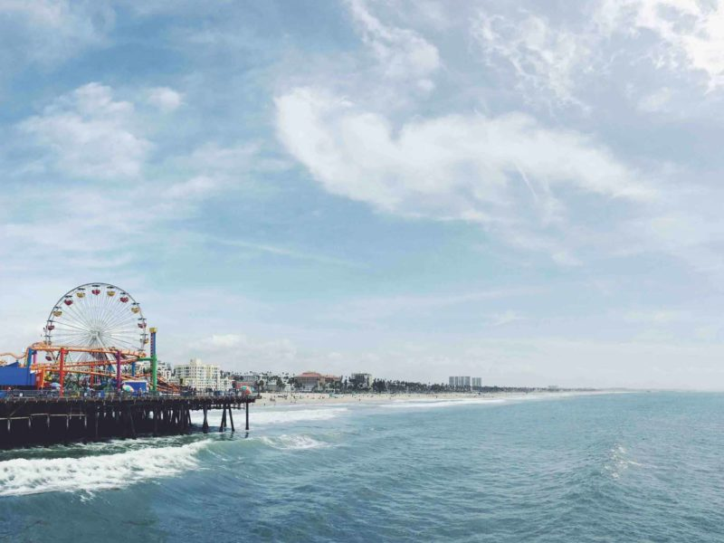 Planning Your Bus Trip From Los Angeles to California's Theme Parks