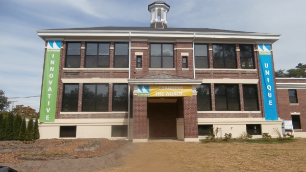 Ribbon Cutting Ceremony Marks Opening Of Voyagers' School In Eatontown