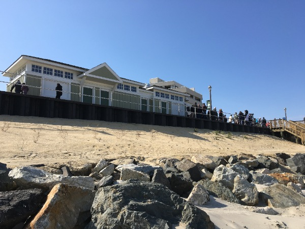 Long Branch Hopes Local Restaurants Will Occupy Beachfront Concession Stands