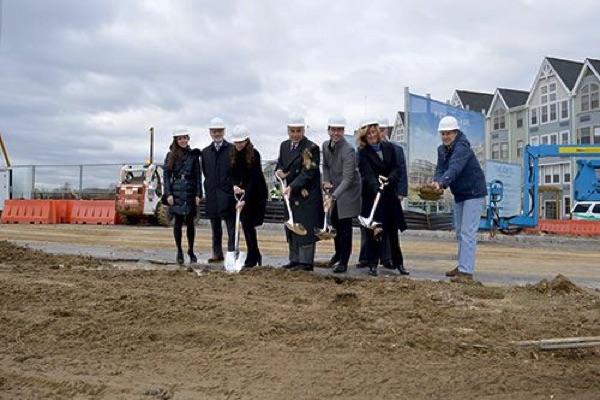 Construction Of Pier Village Phase 3 Begins