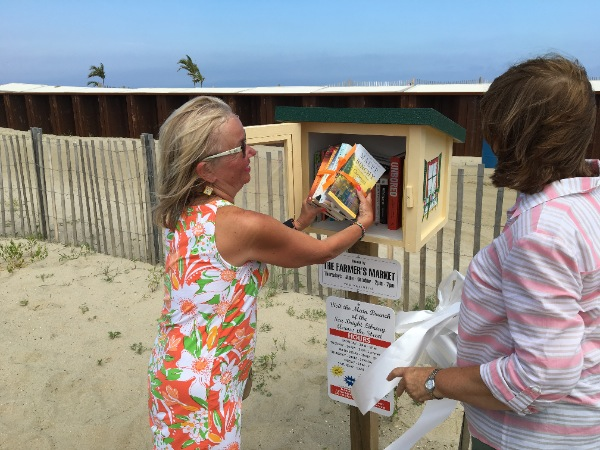 Sea Bright's Little Library Dedicated