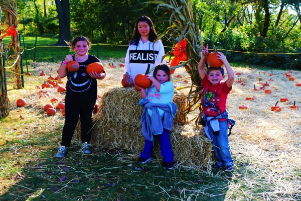 WLB Hosts Another 'Fabulous' Fall Festival