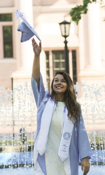 <i>UNC graduate</i>