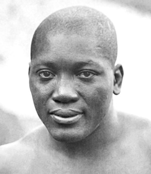 <i>Boxing legend pardoned at last</i>