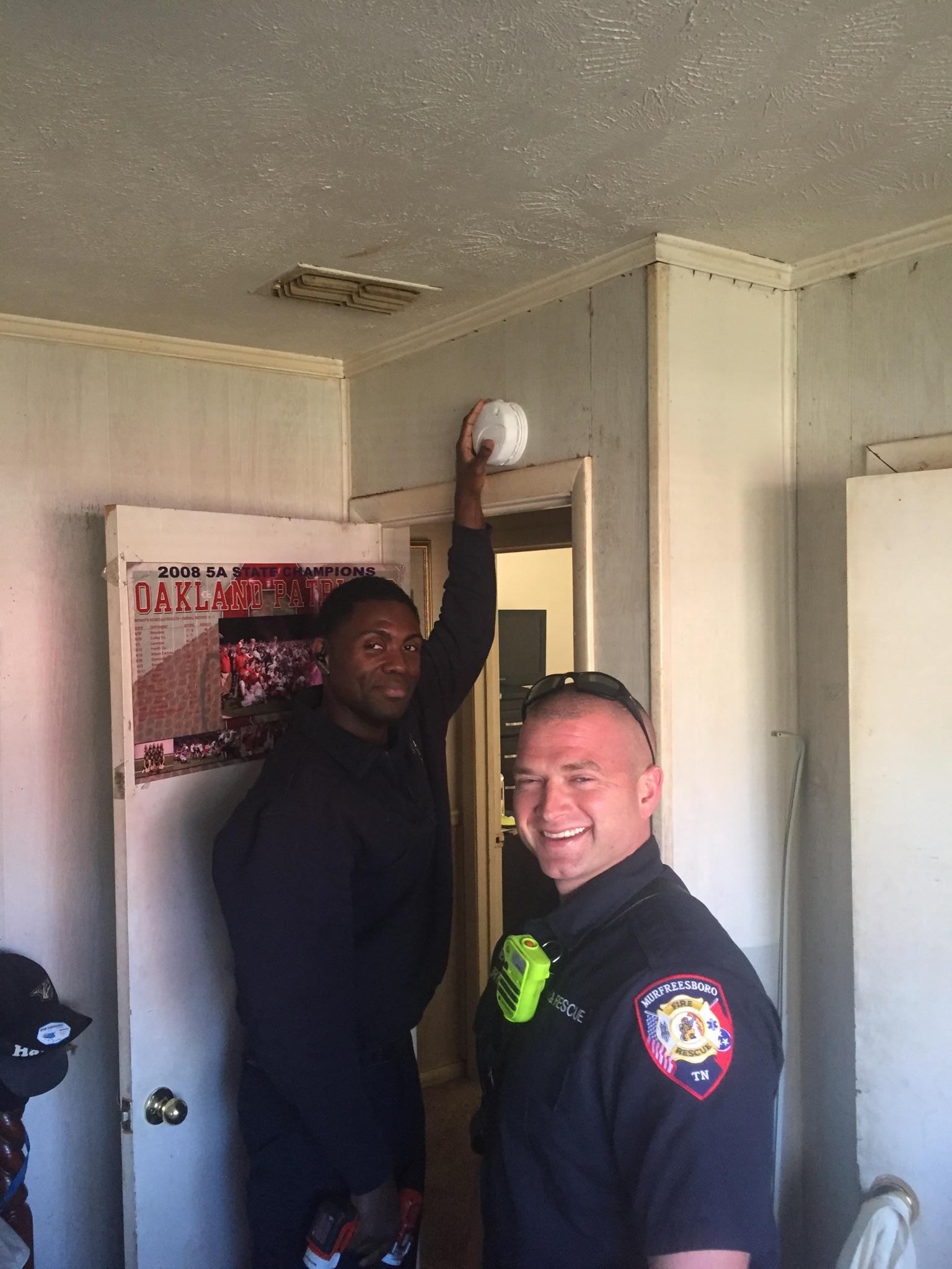 Murfreesboro Fire and Rescue install OVER 100 smoke alarms for free in Murfreesboro