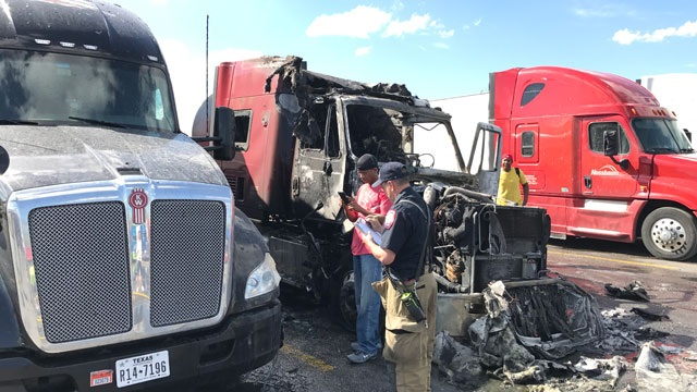 Tractor Trailer Truck catches fire at Pilot Gas Station in Murfreesboro