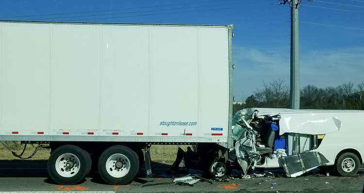 Serious Auto Accident on I-24 Monday in Smyrna area