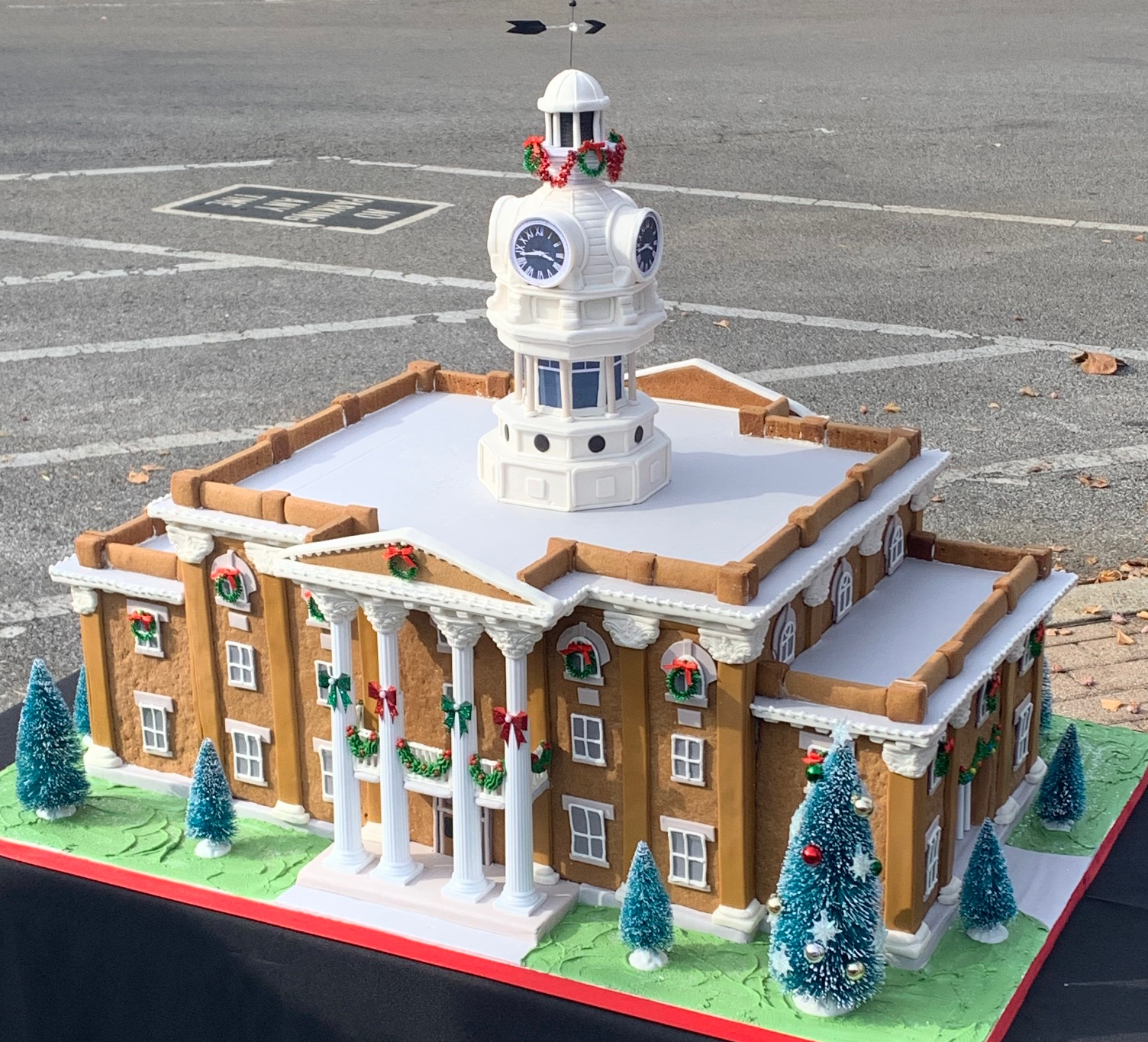 Jo West of Jo's Custom Cakes & Catering stopped by the Rutherford County Historic Courthouse this week with a traditional holiday treat. Only this time, it wasn't so traditional!