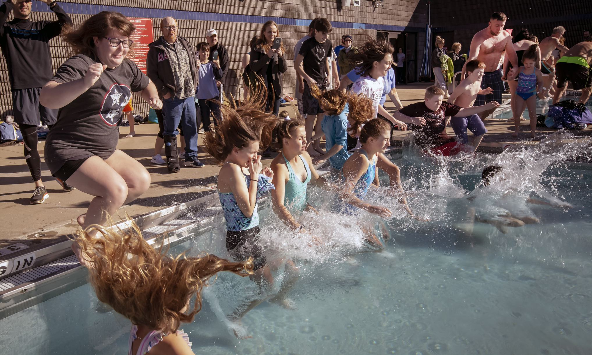 The outdoor swim in the frigid SportsCom pool will take place this coming Saturday in Murfreesboro. The plunge is scheduled to start at precisely 10 in the morning on January 4, 2020.
