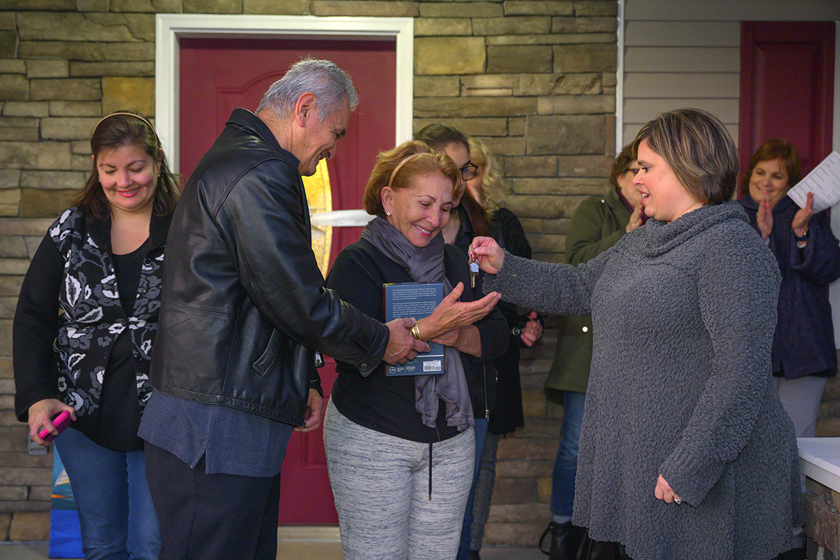 When MTSU's Jackie Victory handed the Murfreesboro couple a set of keys to a home on East Castle Street on Wednesday, Jan. 8, their dreams became reality.