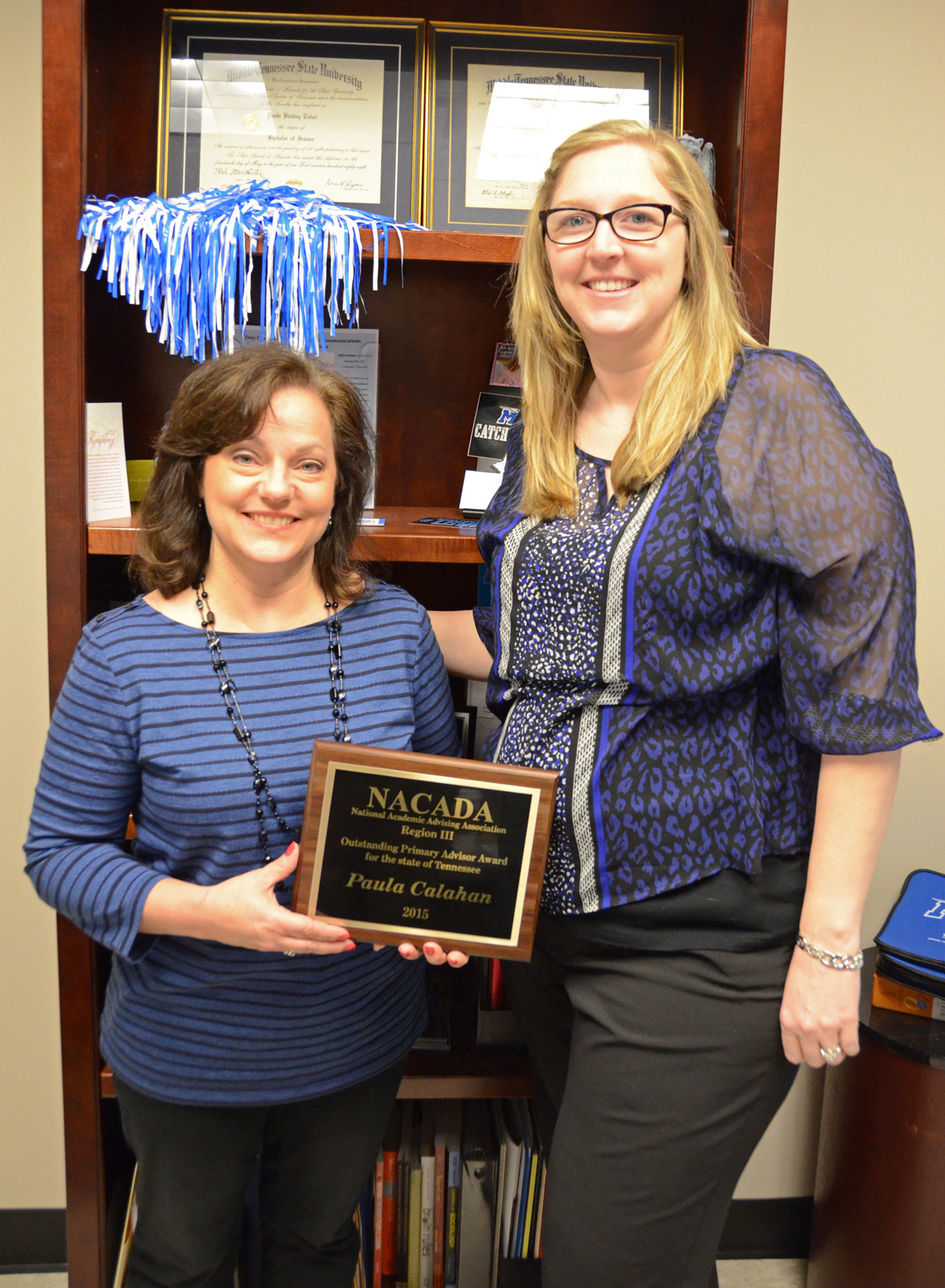 MTSU - Jones College of Business academic adviser receives regional award