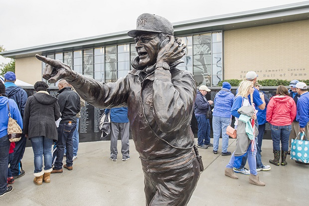 Boots Donnelly statue unveiled Saturday