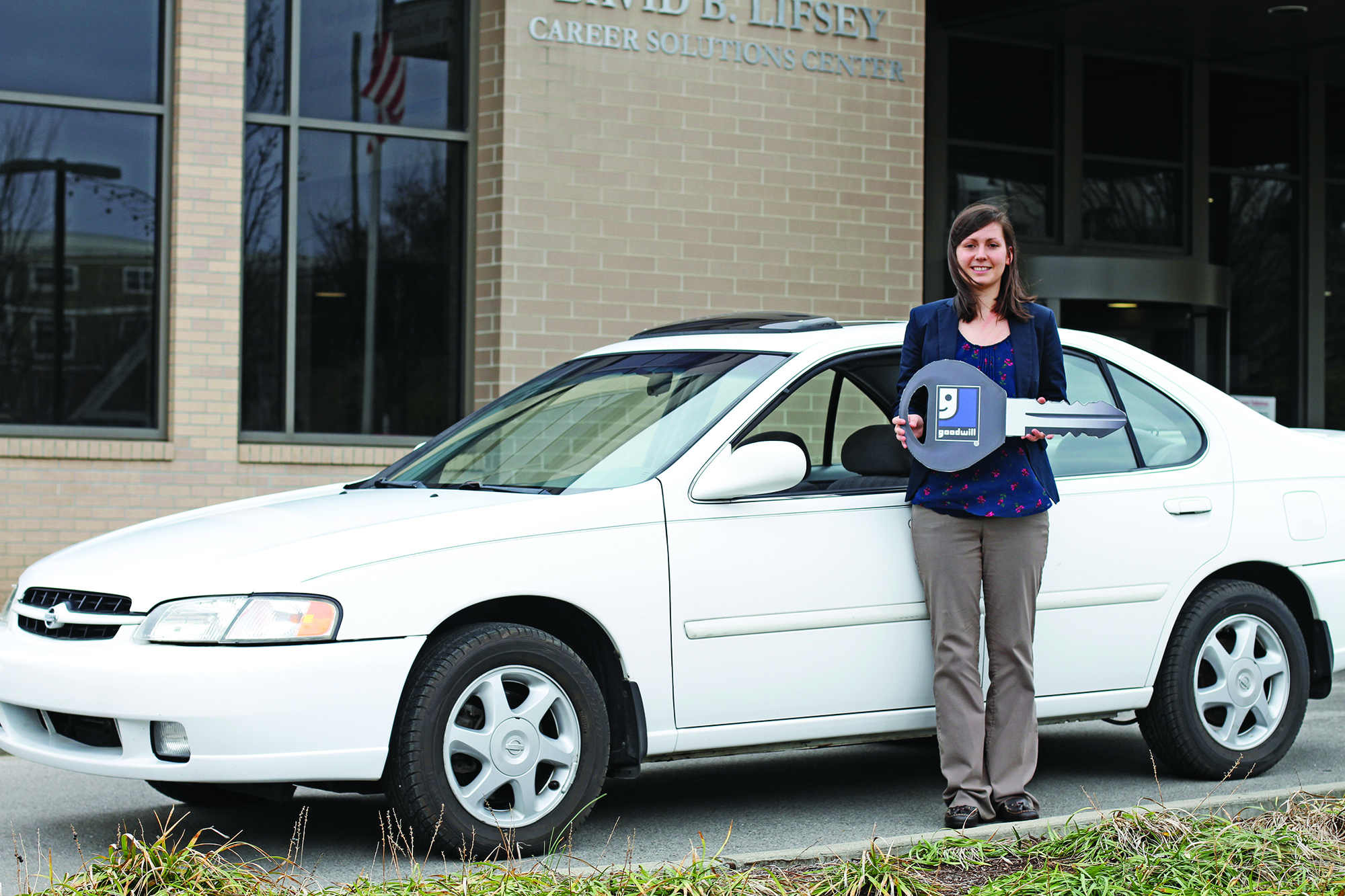Smyrna Goodwill Store Assistant Manager Receives Vehicle