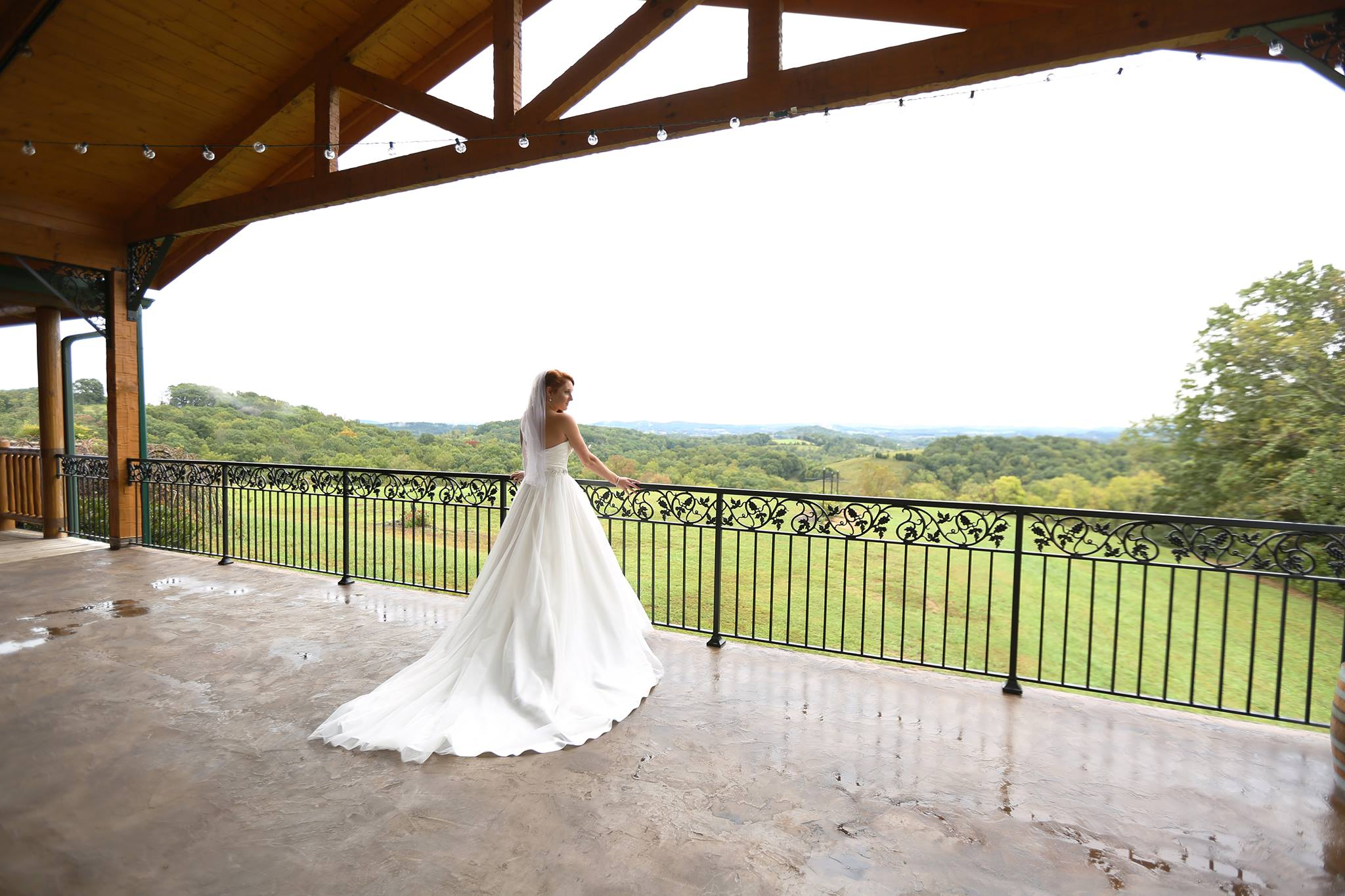 Farms Provide Dream Weddings With Rustic Charm