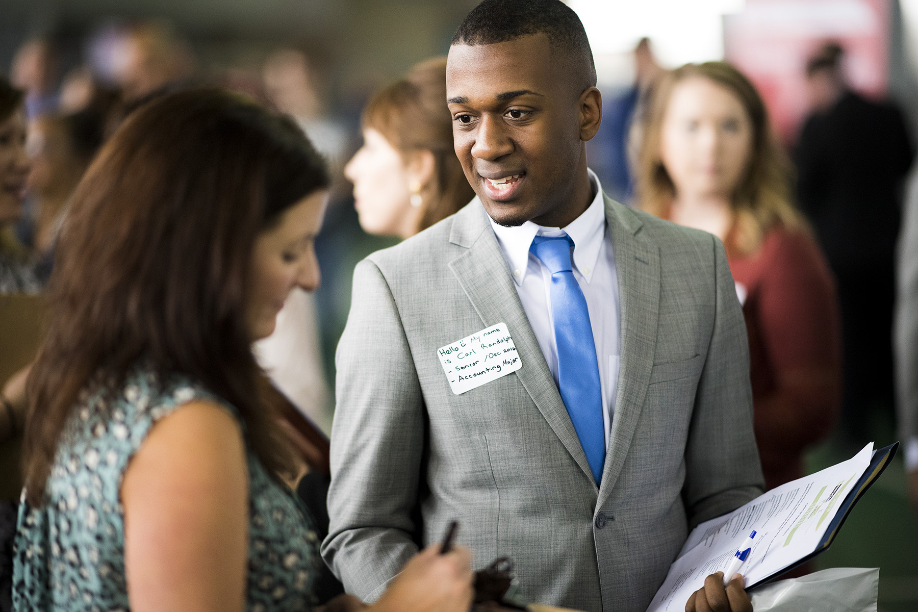 Hundreds of MTSU students, alumni explore opportunities at Fall Career Fair