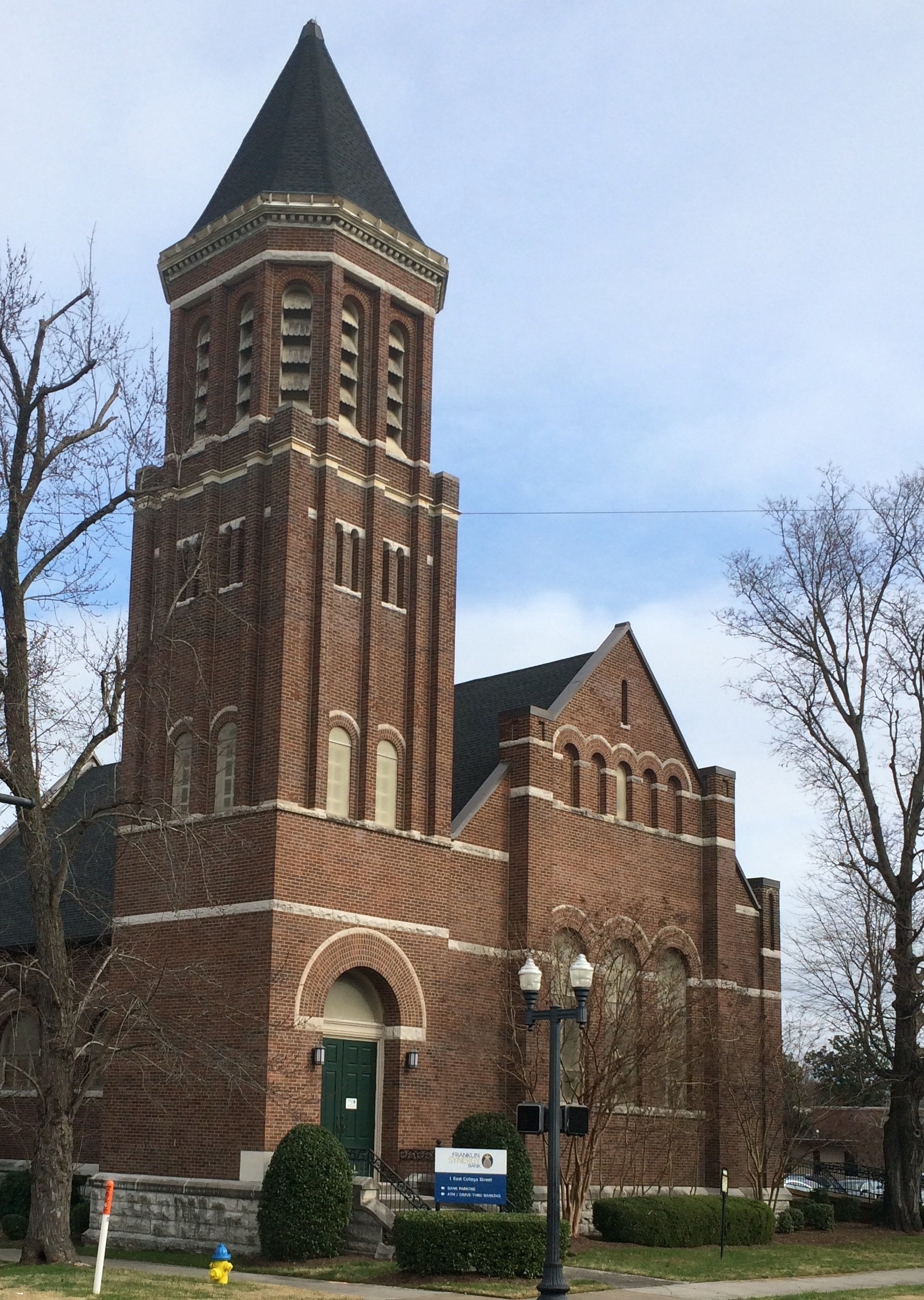 What will happen to the old First Methodist Church building in downtown Murfreesboro?