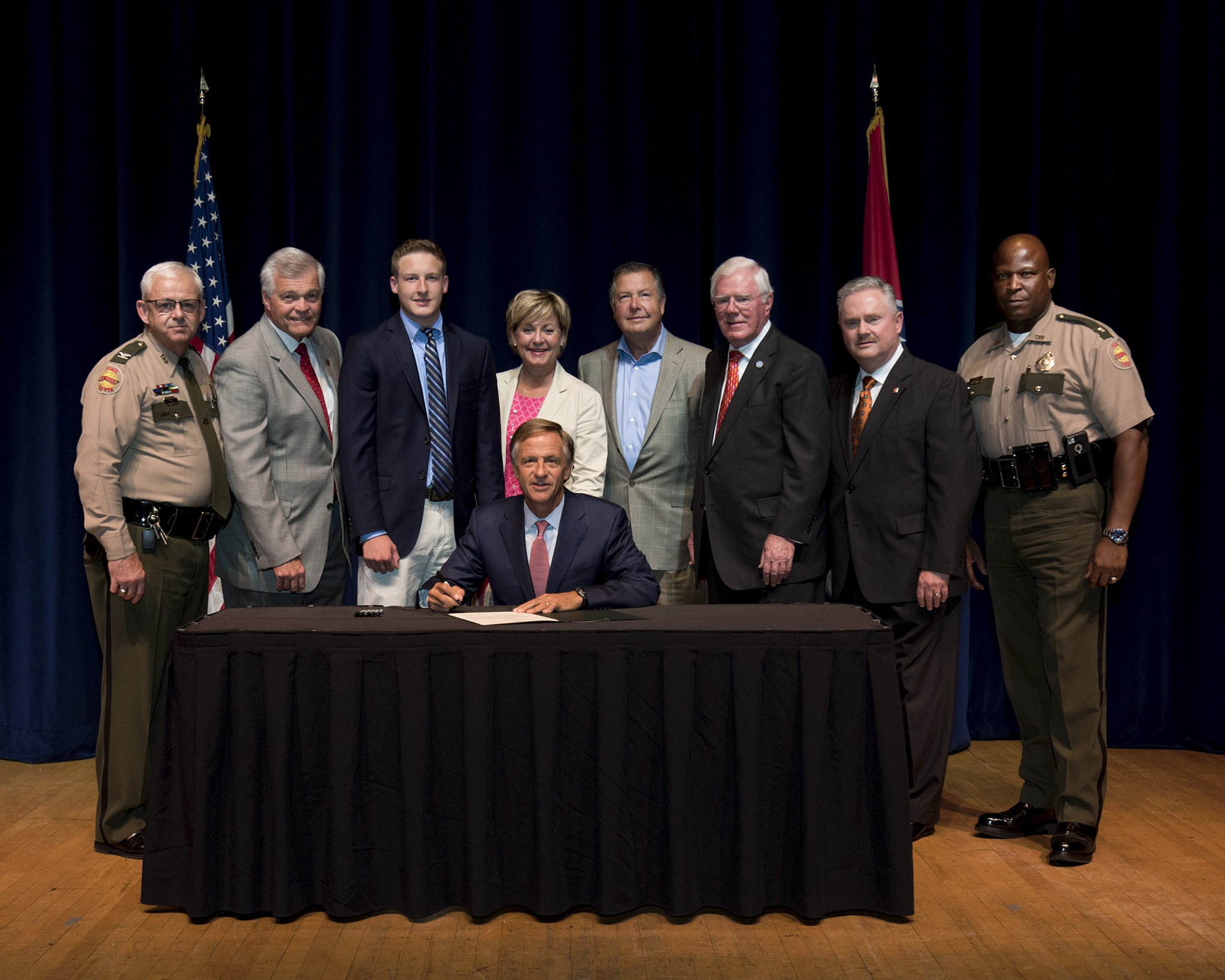 Senator Tracy announces signing and enactment of Good Samaritan provision to Move Over Law