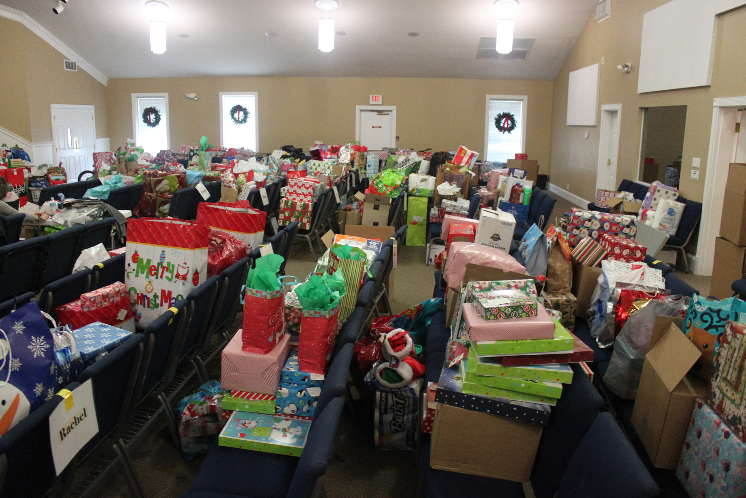 Hundreds Of Gifts For Special