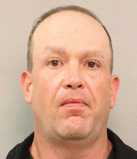 Man accused of using online advertisements to solicit underage minors