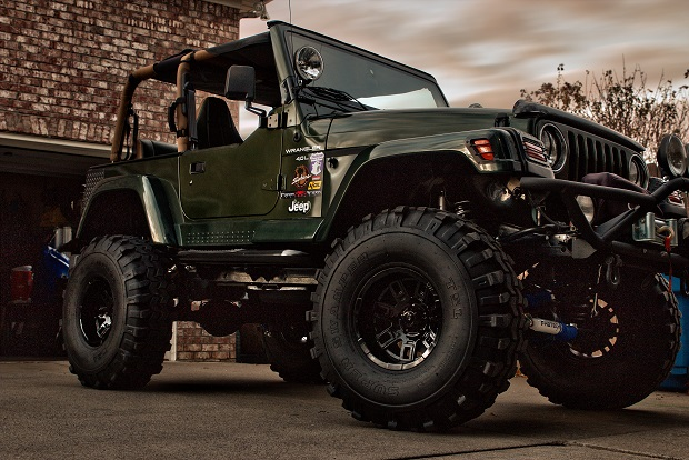 Another customer without title on a Nashville Motors Jeep