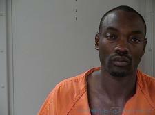 Murfreesboro man accused of Robbery