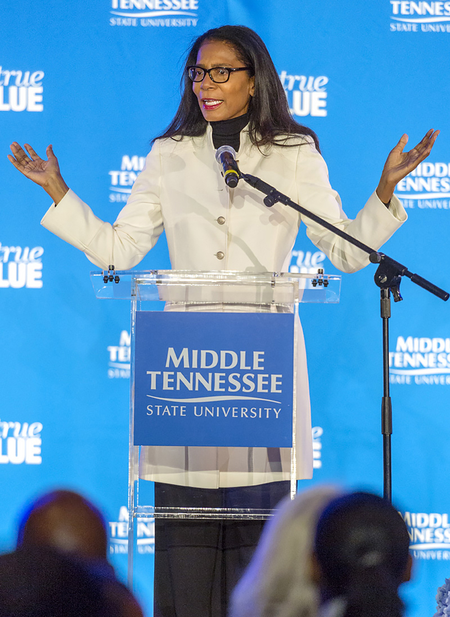 Crisis management expert Judy Smith gets message across at MTSU March 28