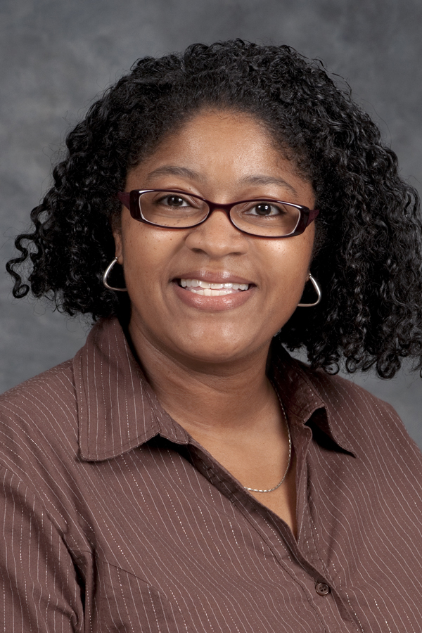 MTSU's Lyons attends HERS Institute for leadership training | Leah Lyons,,professor,French,MTSU,MTSU news